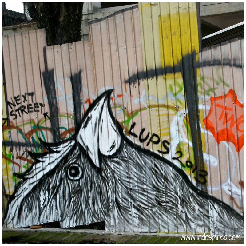 Yogya street art PD2 Lups Chook